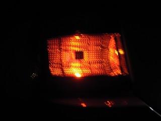 左 LED